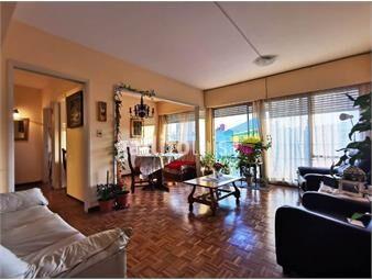 https://www.gallito.com.uy/punta-carretas-2-o-3-dormitorios-living-cocina-2-baños-inmuebles-18735401