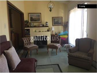 https://www.gallito.com.uy/venta-casa-de-altos-3-dorm-estufa-a-leña-balcon-buceo-inmuebles-18754074