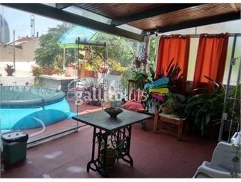 https://www.gallito.com.uy/venta-casa-de-altos-4-dorm-2baños-barbacoa-patio-la-aguada-inmuebles-18754310