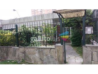 https://www.gallito.com.uy/atencion-dueño-vende-casa-frente-al-shopping-plaza-italia-inmuebles-18769498