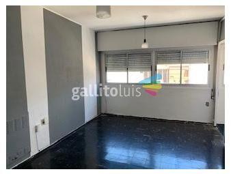 https://www.gallito.com.uy/berlasi-monoambiente-sobre-colonia-y-ejido-8-piso-inmuebles-18801352