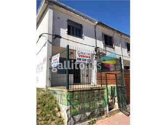 https://www.gallito.com.uy/2-dormitorios-2-baños-jardin-casa-ph-independiente-inmuebles-18801788