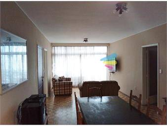 https://www.gallito.com.uy/apartamento-vista-al-mar-en-pocitos-inmuebles-18805089