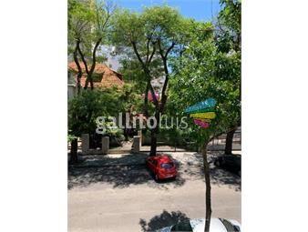 https://www.gallito.com.uy/venta-apartamento-pocitos-3-dormitorios-y-servicio-inmuebles-18817633