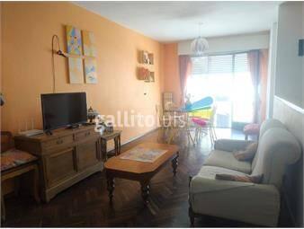 https://www.gallito.com.uy/venta-casa-2-dormitorios-mas-servicio-2-baños-en-palermo-inmuebles-18873086