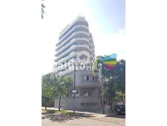 https://www.gallito.com.uy/venta-apartamento-3-dormitorios-3-baños-punta-carretas-inmuebles-18873206