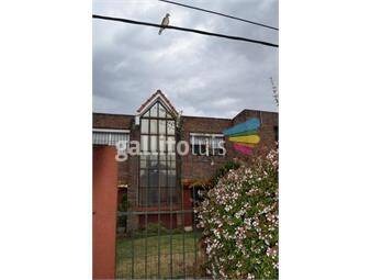 https://www.gallito.com.uy/venta-casa-duplex-3-dorm-patio-cocheracarrasco-sur-proximoa-inmuebles-18901013