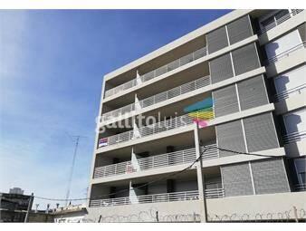 https://www.gallito.com.uy/venta-de-monoambiente-con-jardin-en-la-blanqueada-inmuebles-12902361