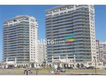 https://www.gallito.com.uy/penthouse-de-lujo-en-playa-brava-piscina-y-barbacoa-propios-inmuebles-18912418