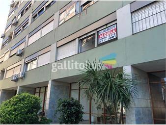 https://www.gallito.com.uy/apartamento-muy-seguro-complejo-19-de-abril-vista-verde-inmuebles-18983632