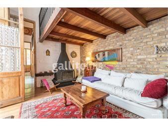 https://www.gallito.com.uy/gran-casa-en-palermo-de-3-dormitorios-y-3-baños-de-estilo-inmuebles-18973651