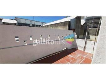https://www.gallito.com.uy/alquiler-apto-villa-española-1-dorm-con-patio-y-parrillero-inmuebles-18985156