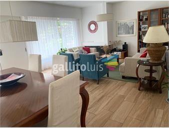 https://www.gallito.com.uy/dueño-vende-hermosa-casa-amplia-e-iluminada-con-renta-inmuebles-18999686