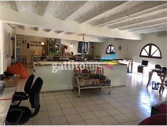 https://www.gallito.com.uy/venta-2-locales-en-3-plantas-jacinto-vera-proximo-a-inmuebles-19000513