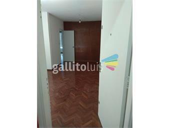 https://www.gallito.com.uy/dueño-alquila-apartamento-a-1-cuadra-de18-y-b-artigas-inmuebles-19011337