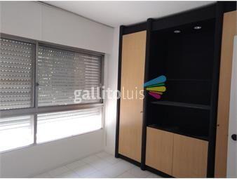 https://www.gallito.com.uy/apartamento-4-dormitorios-en-pocitos-inmuebles-19015555
