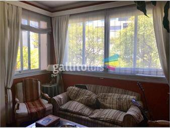 https://www.gallito.com.uy/espectacular-apartmento-en-pocitos-inmuebles-18900535