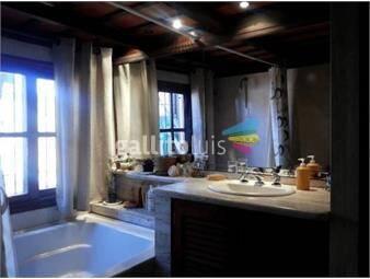 https://www.gallito.com.uy/amplia-y-hermosa-casa-con-jacuzzi-y-terraza-con-parrillero-inmuebles-19024392