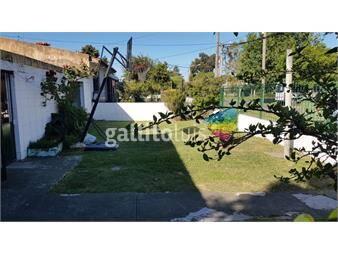 https://www.gallito.com.uy/linda-casa-amplio-jardin-y-terreno-inmuebles-19032036
