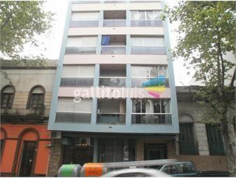 https://www.gallito.com.uy/buen-apartamento-en-el-centro-andes-y-uruguay-inmuebles-19032092