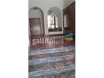 https://www.gallito.com.uy/apartamento-3-dormitorios-2-baños-amplio-luminoso-placares-inmuebles-19050367