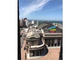 https://www.gallito.com.uy/apartamento-centro-monoambiente-amplio-al-frente-inmuebles-19054939
