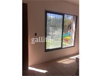 https://www.gallito.com.uy/casa-de-3-dormitorios-a-estrenar-inmuebles-19057422
