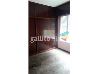 https://www.gallito.com.uy/reservada-hermosa-casa-totalmente-renovada-2-plantas-inmuebles-19073394