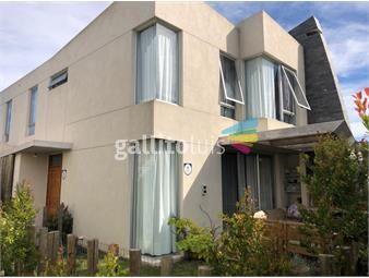 https://www.gallito.com.uy/barrio-privado-casa-3-dormitorios-inmuebles-19080442