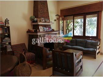 https://www.gallito.com.uy/ph-al-frente-independiente-sobre-carlos-berg-con-patio-inmuebles-19080559
