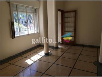 https://www.gallito.com.uy/preciosa-casa-2-dormitorios-en-brazo-oriental-inmuebles-19097155