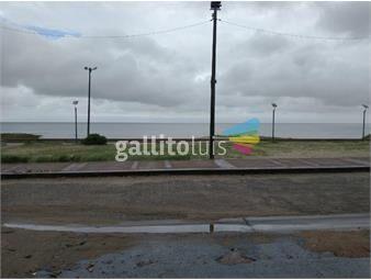 https://www.gallito.com.uy/terreno-con-construccion-frente-al-mar-pajas-blancas-inmuebles-19101989