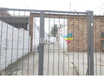 https://www.gallito.com.uy/apartamento-tipo-casa-con-patio-prox-av-italia-y-gallinal-inmuebles-19102460