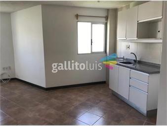 https://www.gallito.com.uy/apartamento-en-alquiler-scoseria-esq-21-de-septiembre-pocit-inmuebles-19103519