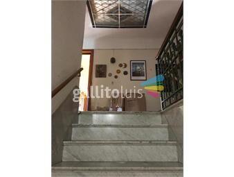https://www.gallito.com.uy/buena-construccion-padron-unico-al-frente-garage-y-patio-inmuebles-19113722
