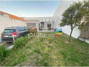 https://www.gallito.com.uy/casa-malvin-sur-con-patio-jardin-verde-al-frente-y-garaje-inmuebles-19113760