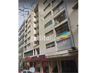 https://www.gallito.com.uy/amplio-apartamento-1-dormitorio-exc-ubicacion-op-garaje-inmuebles-19161825