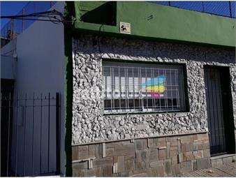 https://www.gallito.com.uy/padon-unico-garaje-barbacoa-la-comercial-proximo-a-inmuebles-19166693
