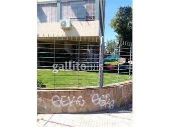https://www.gallito.com.uy/santiago-de-anca-y-rivera-todo-al-frente-75-metros-a-nuevo-inmuebles-19197265