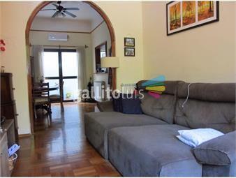 https://www.gallito.com.uy/casa-en-venta-parque-rodo-3-dorm-2-baños-guana-y-bv-artigas-inmuebles-19200597