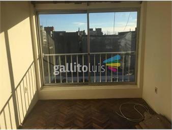https://www.gallito.com.uy/pasos-bvar-españa-200mts-prodo-bajos-gastos-piso-alto-inmuebles-19202877