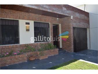 https://www.gallito.com.uy/con-jardin-garaje-cochera-fondo-parrillero-pocitos-inmuebles-19206607