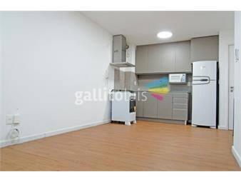 https://www.gallito.com.uy/alquile-apartamento-2-dormitorios-con-garaje-en-la-comercial-inmuebles-19206794