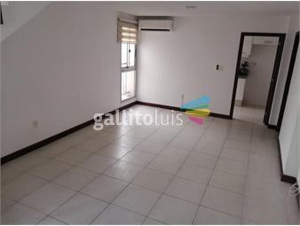 https://www.gallito.com.uy/en-jacinto-vera-apto-2-dorm-2-baños-aa-patio-terraza-inmuebles-19215208