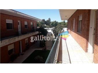 https://www.gallito.com.uy/apartamento-muy-seguro-y-excelente-lugar-sobre-uruguayana-inmuebles-19255107