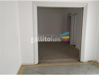 https://www.gallito.com.uy/apartamento-de-dos-dormitorios-con-patio-inmuebles-19360954