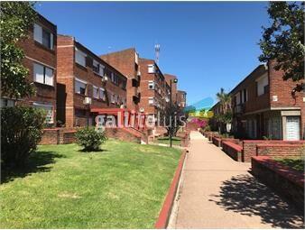 https://www.gallito.com.uy/apartamento-en-complejo-cerrado-a-metros-de-cno-carrasco-inmuebles-19378052