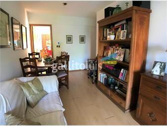 https://www.gallito.com.uy/venta-apartamento-2-dormitorios-1-baño-parque-rodo-inmuebles-19379953