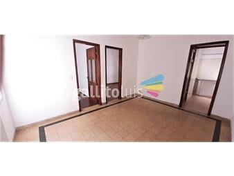https://www.gallito.com.uy/apto-de-2-dormitorios-en-el-centro-inmuebles-19391544