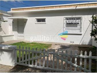 https://www.gallito.com.uy/casa-al-frente-con-jardin-y-cochera-inmuebles-19392453